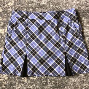 IZOD plaid golf skirt size 14